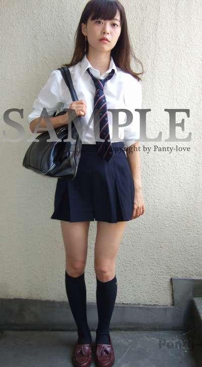 【ふぶき】ほくろがキュートな女子校生のパンチラ ~PANTY-LOVE~