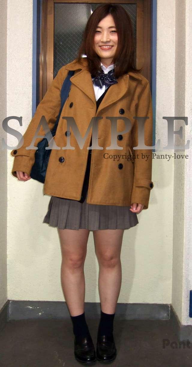 【むぎ】笑顔が愛らしい元気な女子校生のパンチラ ~PANTY-LOVE~