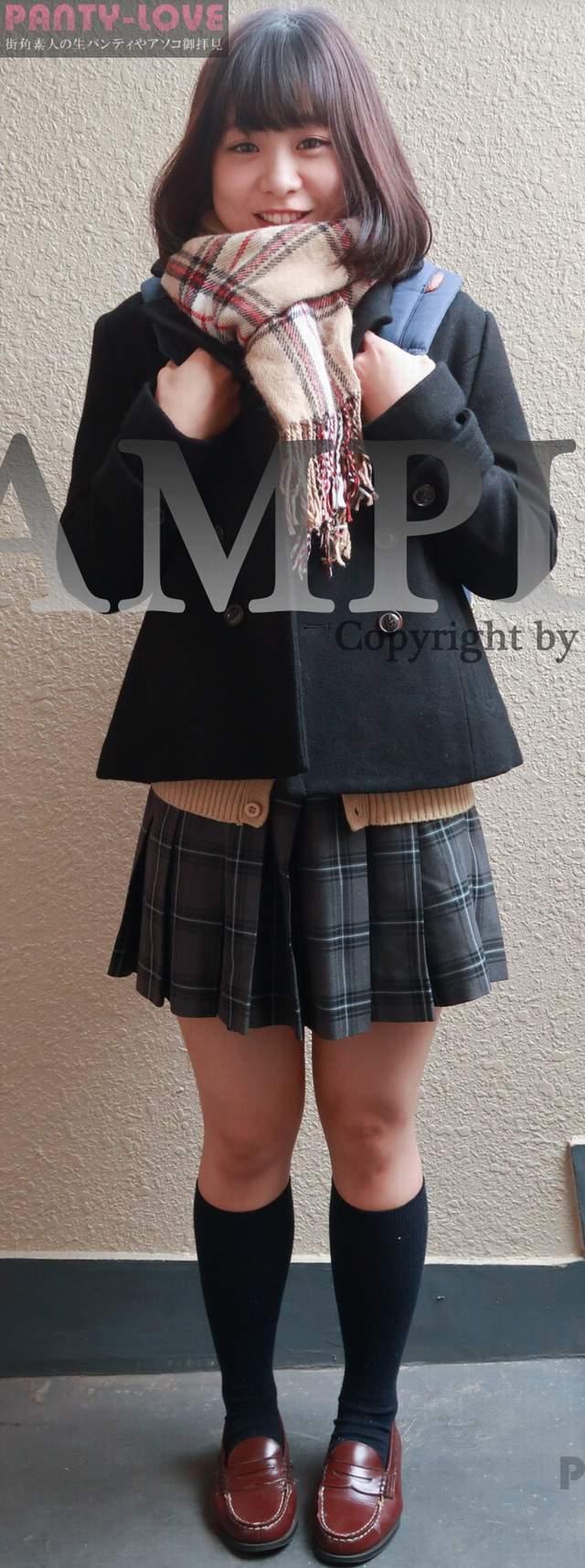 【すずね】美少女JKの純白パンティが眩しいパンチラ ~PANTY-LOVE~